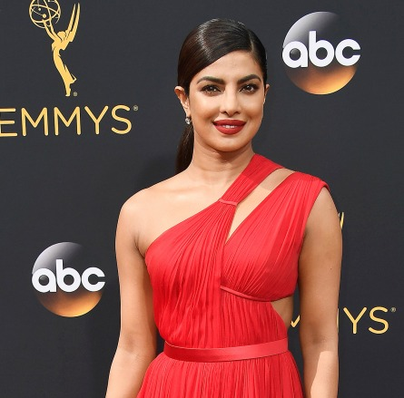 WHO DOMINATED THE RED CARPET AT THE EMMYS